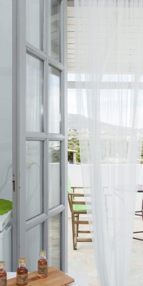 Gray Room - Evi Rooms to Let in Alyki | Paros | Cyclades | Greece.