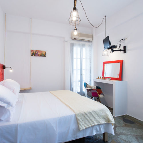 Red Room - Evi Rooms to Let in Alyki | Paros | Cyclades | Greece.